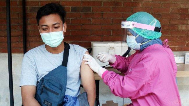 Cara dan Syarat Vaksin Covid-19 di Stasiun Gambir dan Pasarsenen, Kuota 100 Dosis per Hari