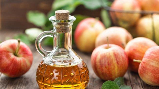 Bikin Semakin Berkilau dan Kuat, Ini 4 Manfaat Cuka Apel untuk Rambut