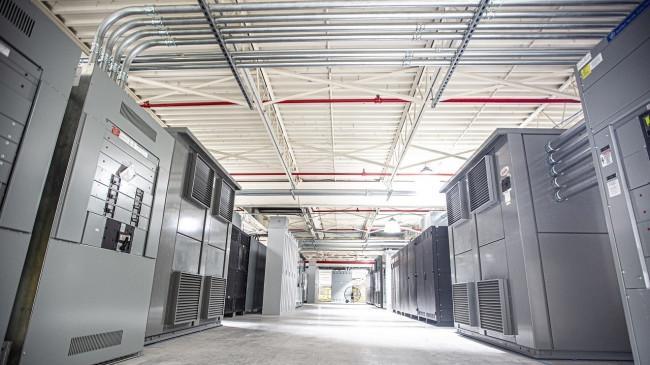 ABB Dukung Pertumbuhan Data Center di Indonesia Lewat IndoKeppel