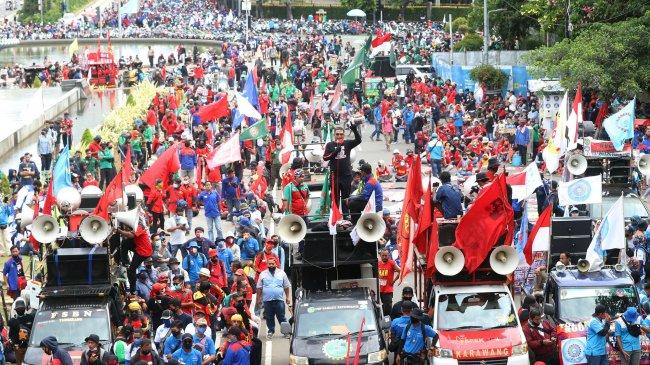 Polda Metro Jaya Siagakan 7.766 Personel untuk Kawal Demo Buruh dan Ormas di Jakarta