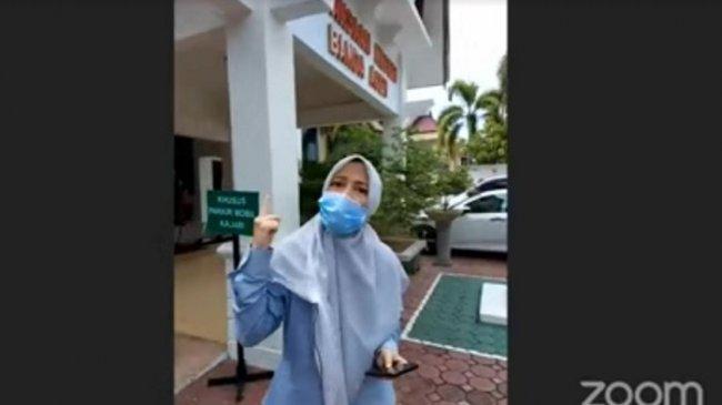 Dosen Unsyiah Saiful Mahdi Dipenjara, Istrinya Curhat, Kepikiran Mertua yang Menderita Demensia