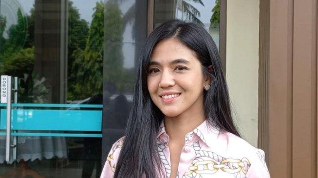 Gugat Cerai Sang Suami, DJ Una Telah Jalani Panggilan Sidang Perdana