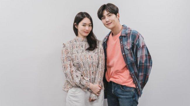 Hometown Cha-Cha-Cha Segera Tayang di Netflix, Drama Korea Diperankan Shin Min-a dan Kim Seon-ho