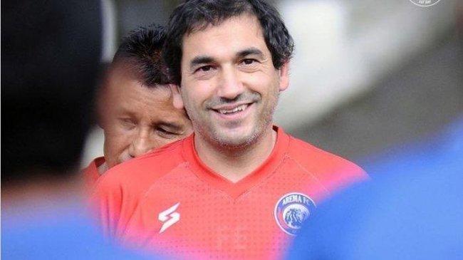 Arema FC Dikalahkan PS Sleman Bikin Kecewa Eduardo Almeida