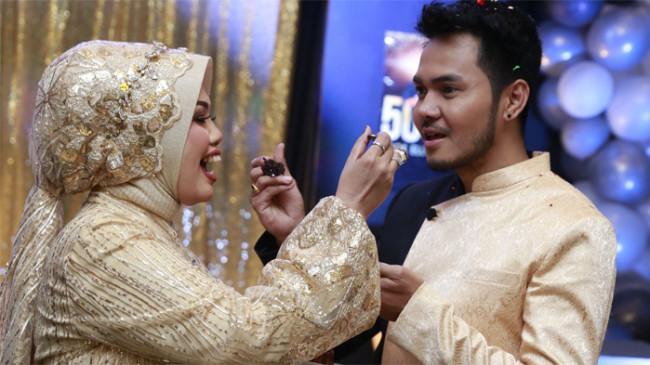 Gelar Pesta Ulang Tahun ke-50 di Bogor, Elly Sugigi: Sekalian Anniversary Pernikahan