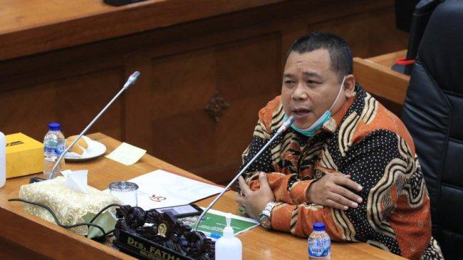 Wakil Ketua Komisi XI DPR: Perlu UU untuk Berantas Pinjol Ilegal