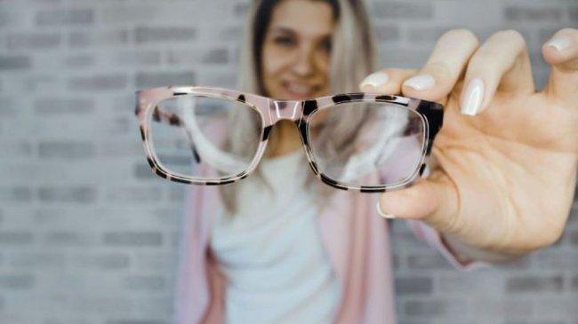 Kini Mudah Memilih Kacamata Sesuai Wajah dengan Teknologi Scan Wajah 3D