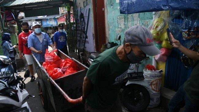 Terdampak Pandemi, Warga Johar Baru Ini Berniat Olah Bantuan Gerakan Berbagi untuk Sambung Hidup