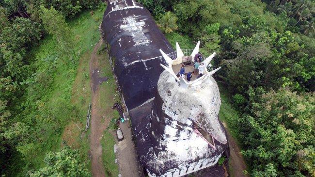 VIDEO: Menikmati Panorama dari Atap Gereja Ayam di Puncak Bukit Magelang