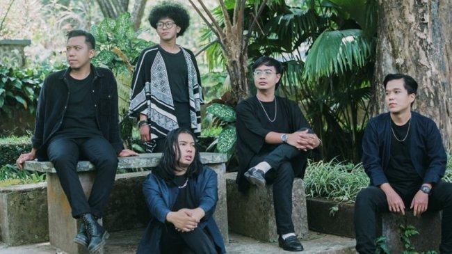 Dalam Album EP Debutnya, Band Asal Semarang Ini Bagikan Kisah Menarik Dibalik Empat Song List