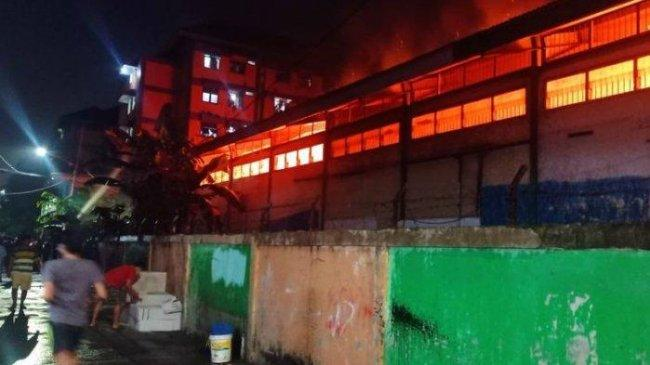 Gudang Farmasi Dinkes DKI yang Terbakar Berisi Berkas dan Buku Tak Terpakai
