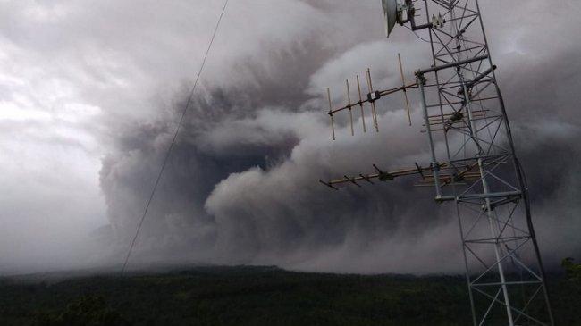 Gunung Semeru Meletus, PVMBG: Status Masih Waspada