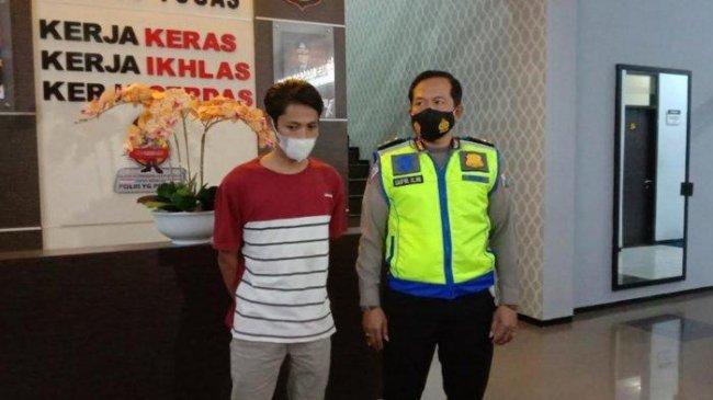 Polisi Tangkap Pengunggah PJU Padam Bikin Kecelakaan Lalu Lintas di Malang, Ini Sosoknya