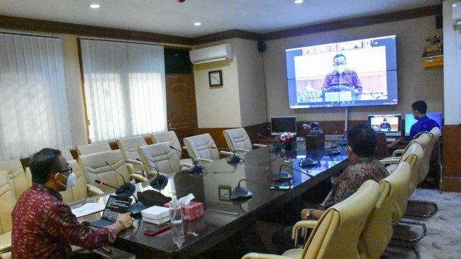 Walikota Denpasar Buka Rapat Teknis Partisipasi Dunia Usaha Dalam Pembangunan Secara Virtual