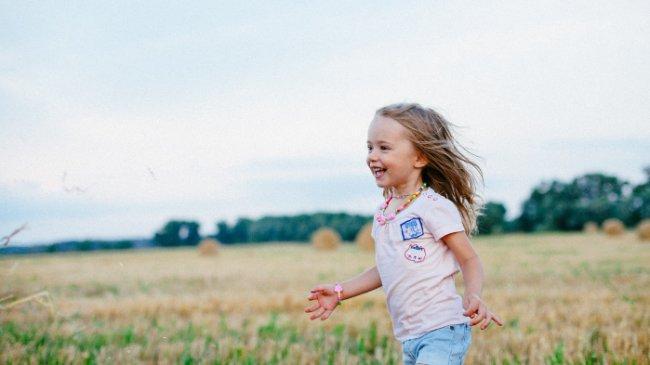 Rekomendasi Nutrisi dan Vitamin yang Bermanfaat untuk Kecerdasan Otak Anak