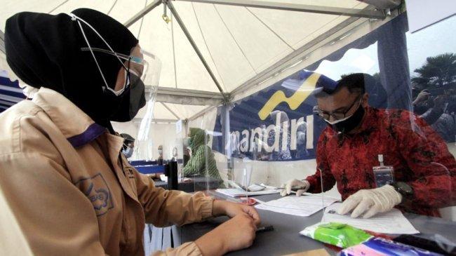 Sampai Akhir Tahun, Bank Mandiri Salurkan Bantuan Subsidi Upah ke 2,5 Juta Buruh