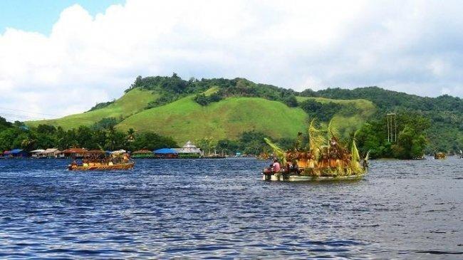 Ingin Melancong ke Papua? 7 Destinasi Wisata ini Wajib Masuk Itinerary Kamu!