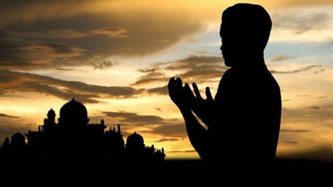 Doa Sehari-hari tentang Rezeki: Doa Pembuka Rezeki yang Halal, Doa Memudahkan Mata Pencaharian