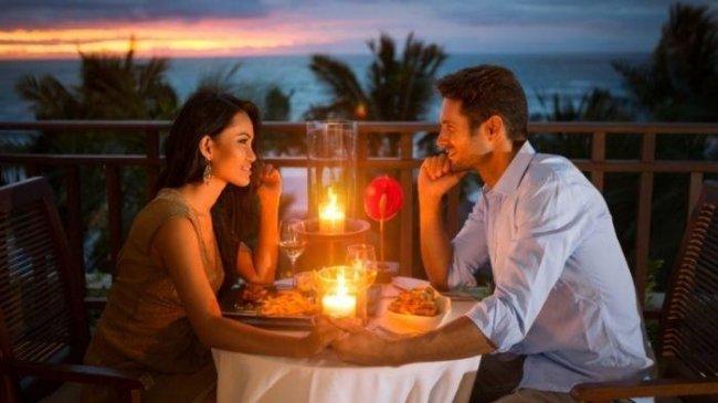 5 Cara Mudah Buktikan Cinta Kepada Pasangan, Hadiah Jadi Salah Satunya!