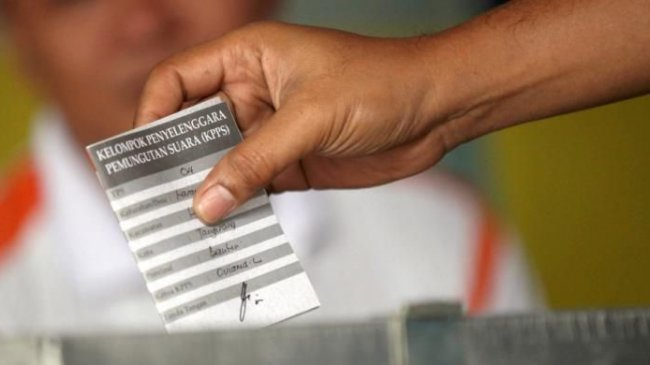 Lempar Tudingan Marak Politik Uang di PSU Kalsel, Denny Indrayana Diimbau Lapor ke Bawaslu