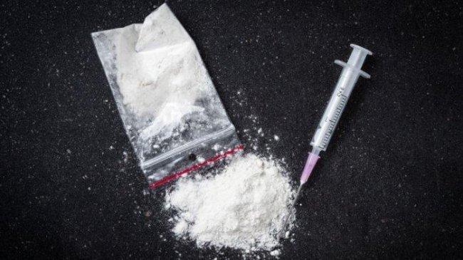 Ibu Tiri di Mataram Mencekoki Anaknya Narkoba dan Menyuplai Sabu untuk Dijual