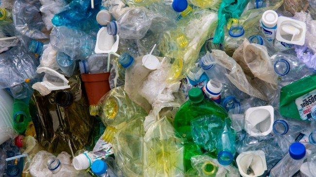 Alert! Setiap Tahun Ada 67 Juta Ton Sampah Plastik