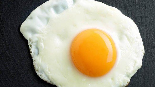 9 Manfaat Kuning Telur untuk Kesehatan: Kaya Zat Besi, Vitamin B12, dan Vitamin K