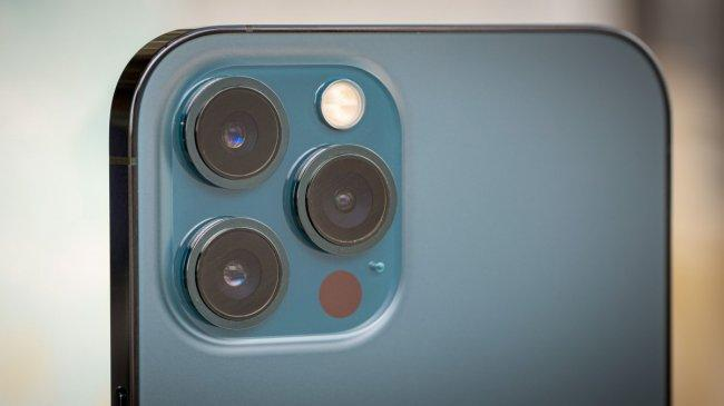 Apple Tak Akan Sematkan Fitur Pemindai Sidik Jari Pada Rangkaian iPhone 13