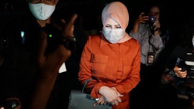 KPK Dalami Penyalahgunaan Pelat Nomor Kendaraan Kementerian PANRB Istri Nurhadi