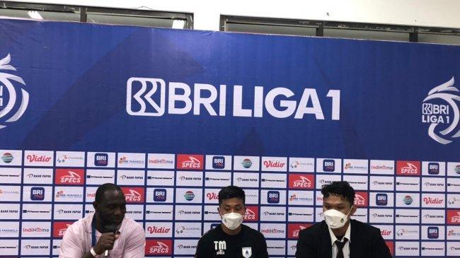 Dikalahkan Persebaya Surabaya, Pelatih Persipura, Jacksen F Tiago, Akui Kesalahan Pergantian Pemain