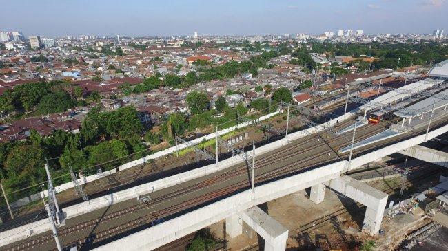 Jalur Layang Stasiun Manggarai Resmi Beroperasi, Perjalanan KRL Bakal Lebih Efisien