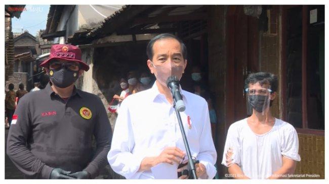 Jokowi: Setelah Divaksin Langsung Bisa Belajar Tatap Muka Asal Tidak Level 4