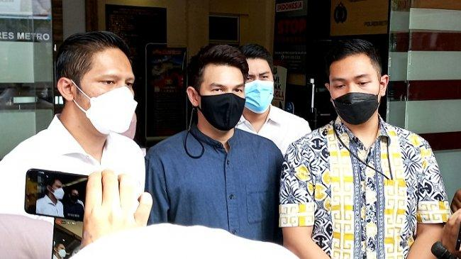Jonathan Frizzy Bantah Ririn Dwi Ariyanti Jadi Orang Ketiga dalam Pernikahannya