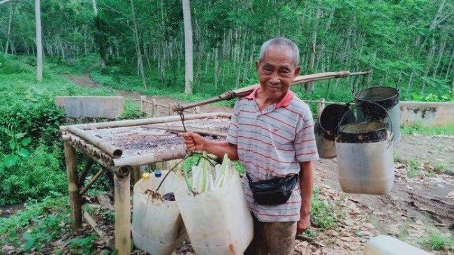 Berusia 103 Tahun, Kakek Ini Masih Kuat Bekerja, Sebut Hidupnya Tak Neko Neko Bikin Umur Panjang
