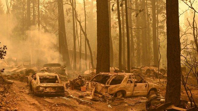 Kebakaran Dixie di Kawasan Danau Tahoe di AS, Belum Padam, Ribuan Pengungsi Belum Pulang