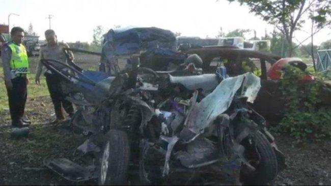 Dua Anak Masuk Daftar Enam Korban Tewas Tabrakan Maut di Tol Cipali