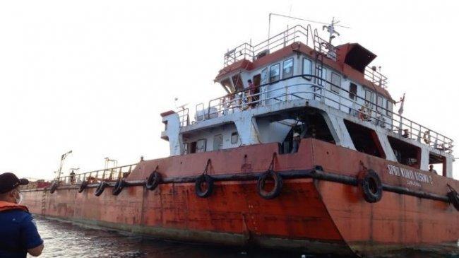 Kemenhub Kerahkan Kapal Patroli KPLP Untuk Pengawasan Kapal Tanker yang Kandas di Karang Helen