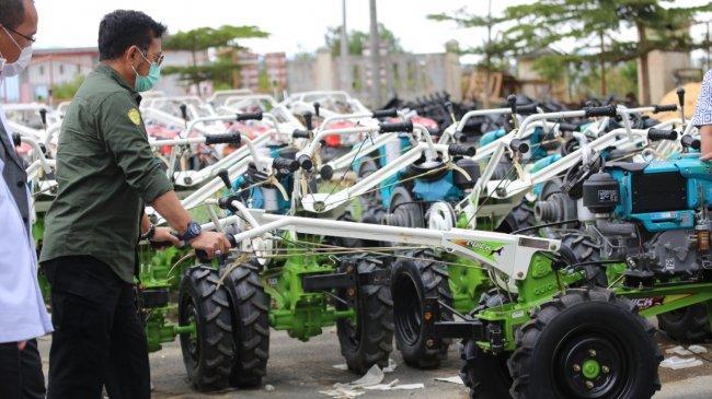 Alsintan Bantu Petani Kediri Kembangkan Pertanian dari Hulu ke Hilir