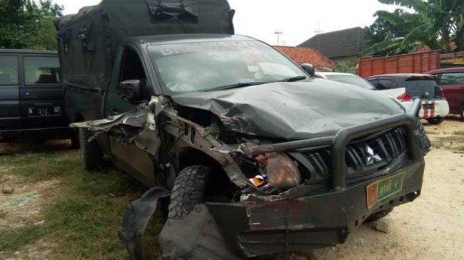 Mobil Dinas TNI Melaju Melebihi Garis Marka hingga Terjadi Kecelakaan, Ibu dan Anaknya Tewas