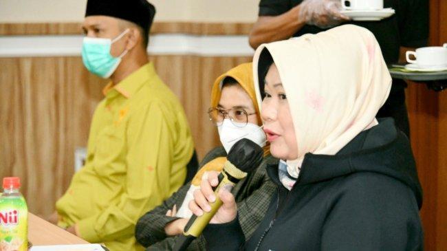 Siti Fauziah Perkenalkan Buku Digital MPR