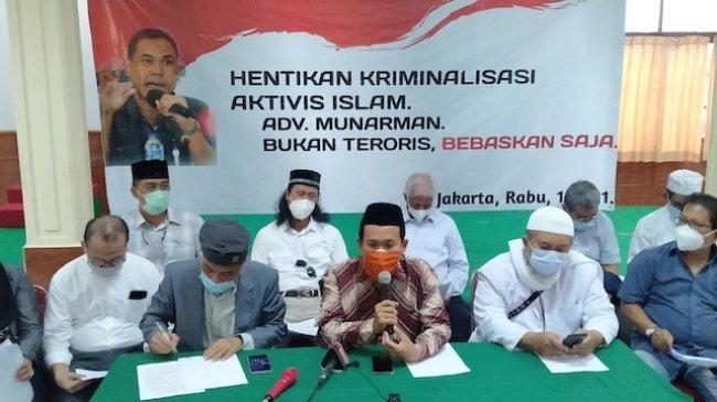 Sahabat Munarman: Bebaskan Munarman dalam Kasus Tindak Pidana Terorisme