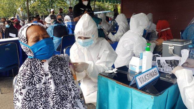 DPR Apresiasi Pembatalan Vaksin Gotong Royong Berbayar Individu