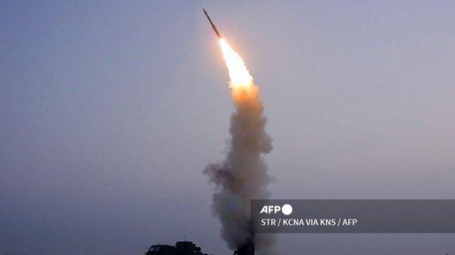 Korea Utara Menembakkan Rudal Anti-pesawat Terbaru, Diklaim Punya Kinerja Tempur Luar Biasa