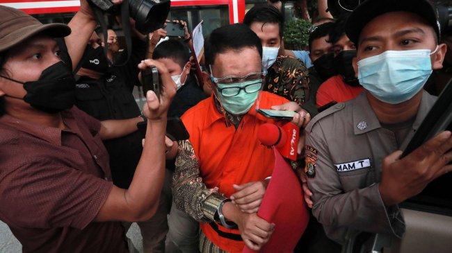 KPK Rampungkan Penyidikan Eks Direktur Pemeriksaan Pajak Angin Prayitno Aji