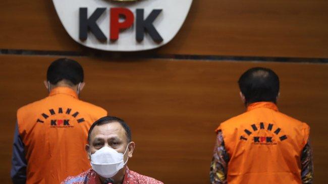 Jadi Tersangka KPK, Isi Kantong Bupati Banjarnegara Budhi Sarwono Rp23,8 Miliar