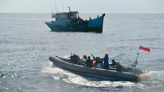 kri-usman-harun-359-tangkap-kapan-ikan-asal-vietnam.jpg