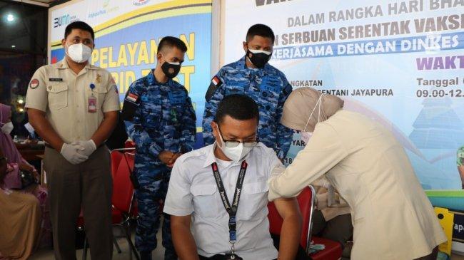 Budhi Achmadi: Kami dari Lanud Silas Papare Proaktif Melaksanakan Serbuan Vaksinasi