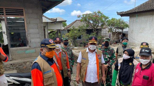 Kepala BNPB Sebut Evakuasi Korban dan Kelompok Rentan Jadi Prioritas Penanganan Gempa Karangasem