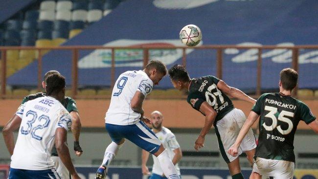 Hasil Persib vs PSM BRI Liga 1 Babak I: Saling Jual Beli Serangan, Maung & Juku Eja Mandul Tanpa Gol