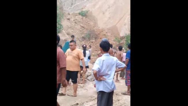 Seorang Warga Tewas Tertimbun Longsor Tambang Pasir di Kabupaten Agam Sumbar